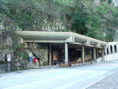 L'entrata turistica alle Grotte di Frasassi